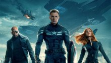 Affiche finale du film Captain America: Le Soldat de l'hiver avec Captain America, Nick Fury, Black Widow et le Soldat de l'hiver
