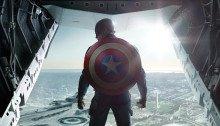 Affiche teaser du film Captain America: Le Soldat de l'hiver avec Captain America de dos