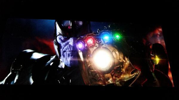 Photo de Thanos avec l'Infinity Gauntlet