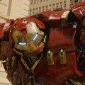 Photo d'Avengers: l'Ère d'Ultron avec le Hulkbuster