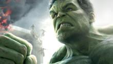 Affiche du film Avengers: l'Ère d'Ultron écrit et réalisé par Joss Whedon avec Hulk