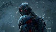 Affiche du film Avengers: l'Ère d'Ultron écrit et réalisé par Joss Whedon avec Ultron