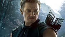Affiche du film Avengers: l'Ère d'Ultron écrit et réalisé par Joss Whedon avec Hawkeye
