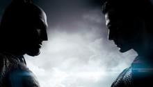 Poster du film Batman v Superman: L'Aube de la Justice réalisé par Zack Snyder, sur un scénario de Chris Terrio, avec Batman face à Superman.