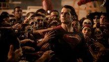 Photo du film Batman v Superman: L'Aube de la Justice réalisé par Zack Snyder, sur un scénario de Chris Terrio, avec Henry Cavill, Ben Affleck, Gal Gadot, Jesse Eisenberg