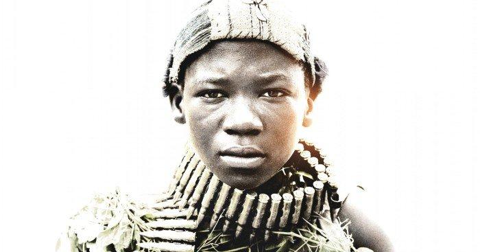 Poster du film Beasts Of No Nation réalisé par Cary Fukunaga avec Abraham Attah