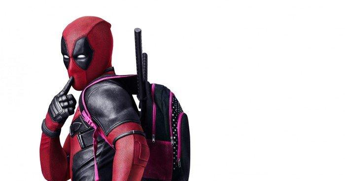 Poster du film Deadpool réalisé par Tim Miller avec la tagline Bad Ass