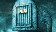 Poster IMAX du film 10 Cloverfield Lane réalisé par Dan Trachtenberg, d'après un scénario de Josh Campbell, Matthew Stuecken et Damien Chazelle, avec Mary Elizabeth Winstead, John Goodman et John Gallagher Jr