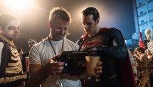 Photo du tournage de Batman v Superman: L'Aube de la Justice avec Zack Snyder et Henry Cavill