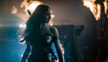 Photo de Justice League avec Gal Gadot dans le rôle de Wonder Woman