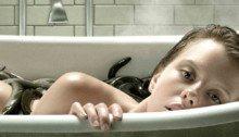 Poster du film A Cure for Life réalisé par Gore Verbinski avec Mia Goth