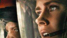 Affiche française de Premier Contact avec Jeremy Renner et Amy Adams