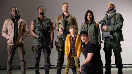 Photo du tournage de The Predator avec le casting au complet