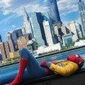 Poster de Spider-Man: Homecoming avec Spider-Man en train de se reposer