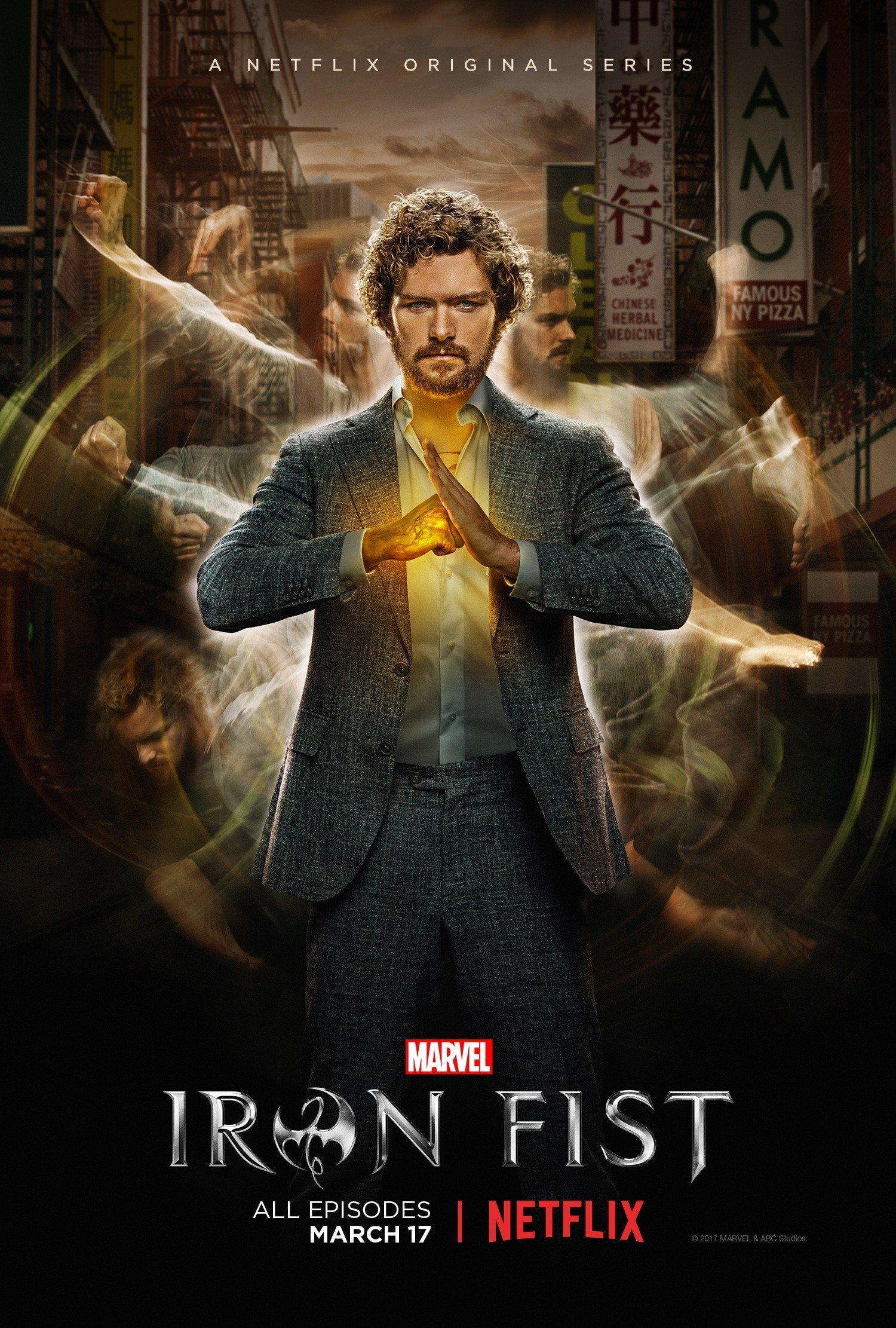 Poster de la saison 1 d'Iron Fist avec Danny Rand (Finn Jones)