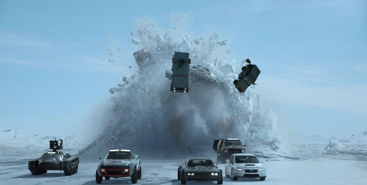 Photo du sous-marin qui émerge dans le film Fast & Furious 8