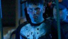 Photo du tournage de la série The Punisher à New-York avec Jon Bernthal en costume