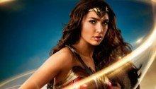 Poster de Wonder Woman (Gal Gadot avec son lasso magique)