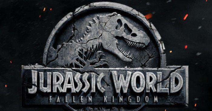 """Affiche teaser du film Jurassic World: Fallen Kingdom avec la tagline """"La vie reprend toujours ses droits"""""""