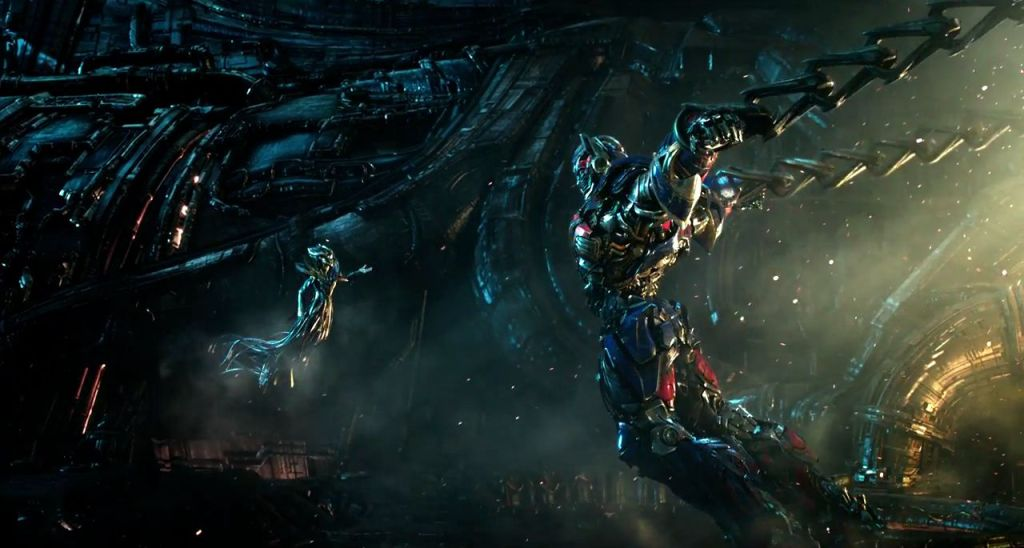 Photo du film Transformers: The Last Knight avec des Transformers avec Optimus Prime