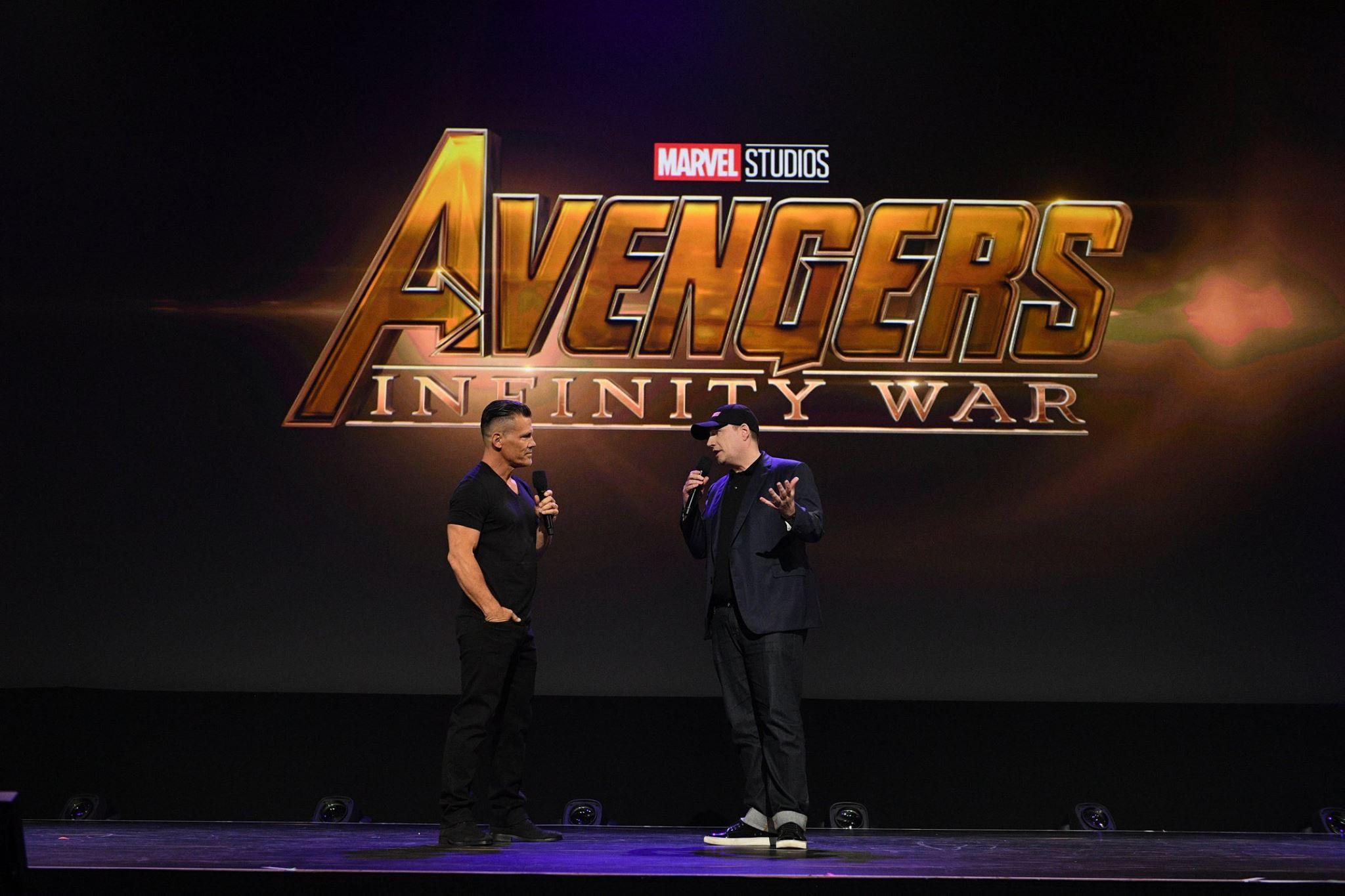 Photo du film Avengers: Infinity War au D23 2017 avec Josh Brolin et Kevin Feige