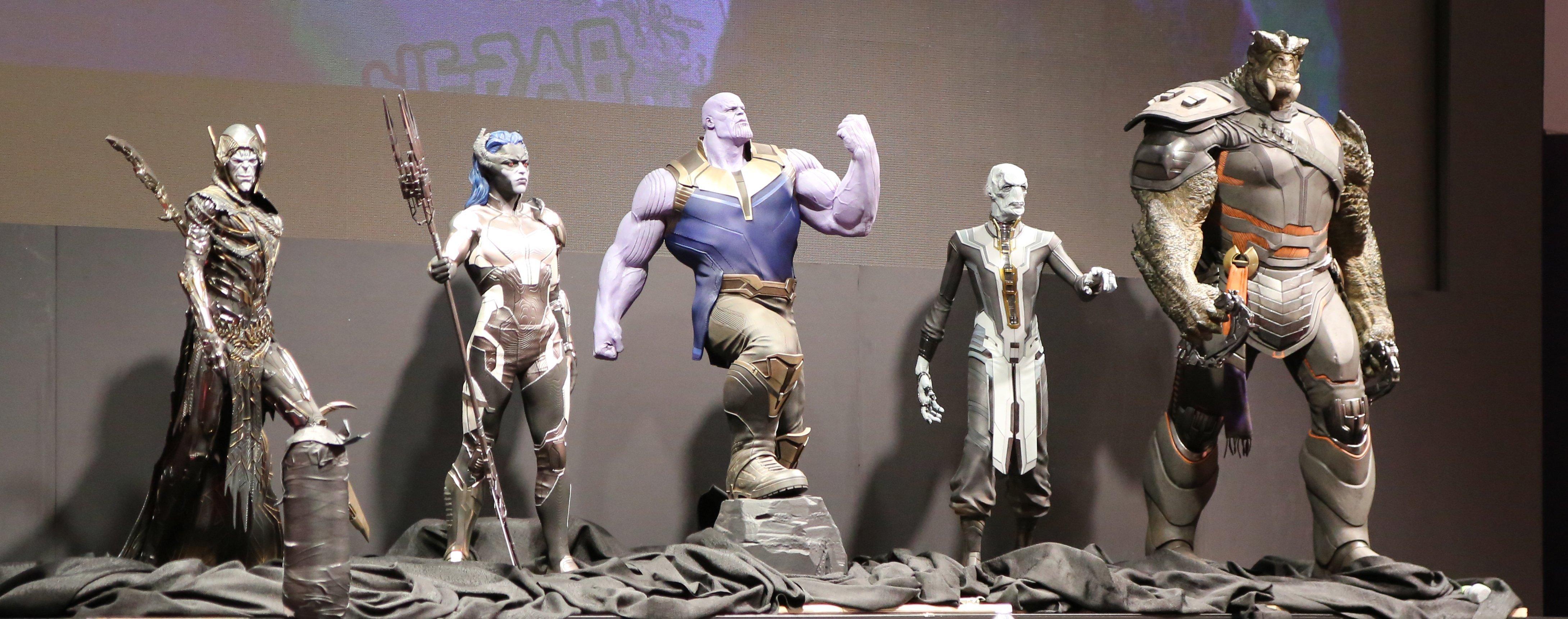 Photo du film Avengers: Infinity War au D23 2017 avec Thanos et les Children of Thanos