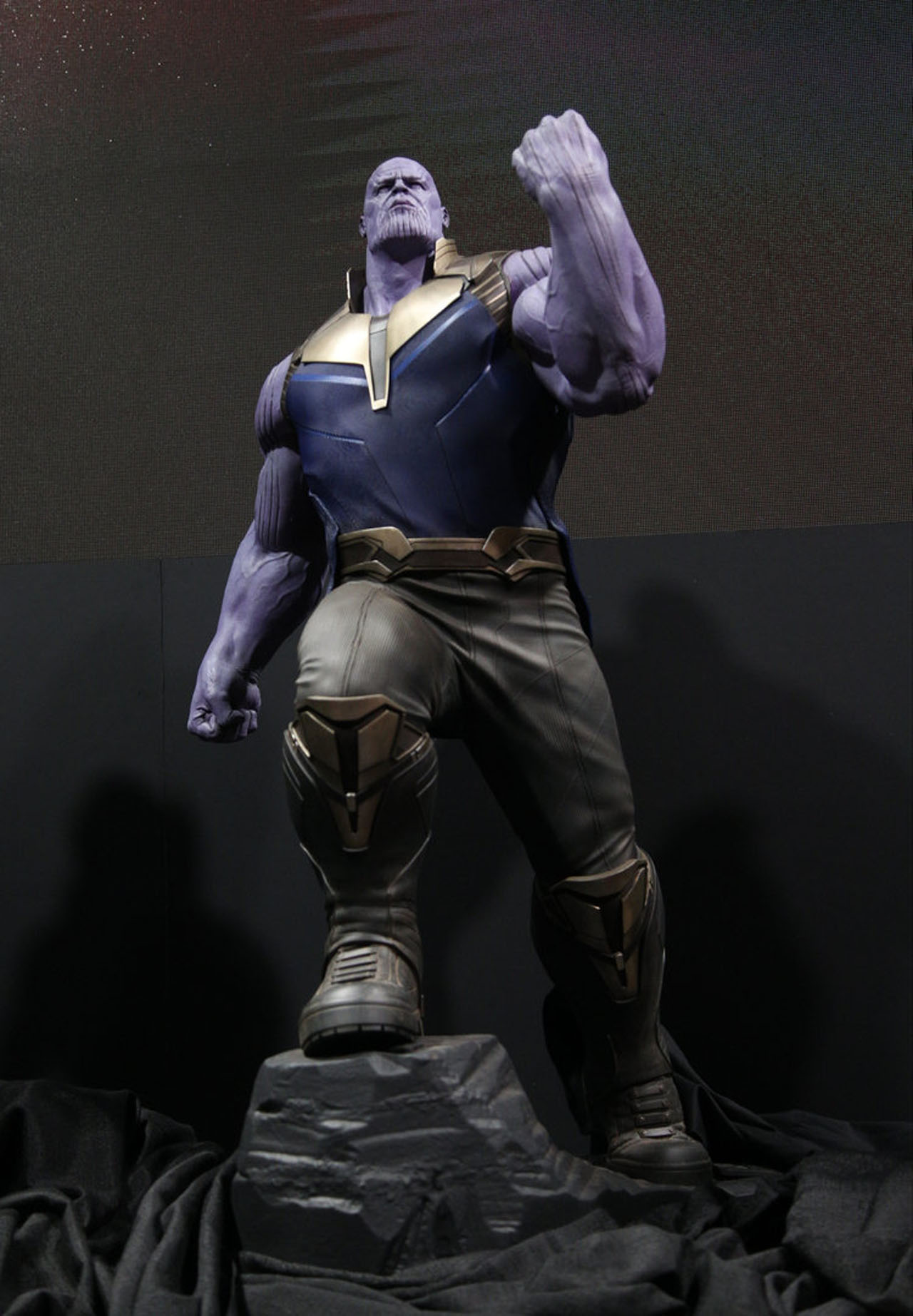Photo du film Avengers: Infinity War au D23 2017 avec Thanos