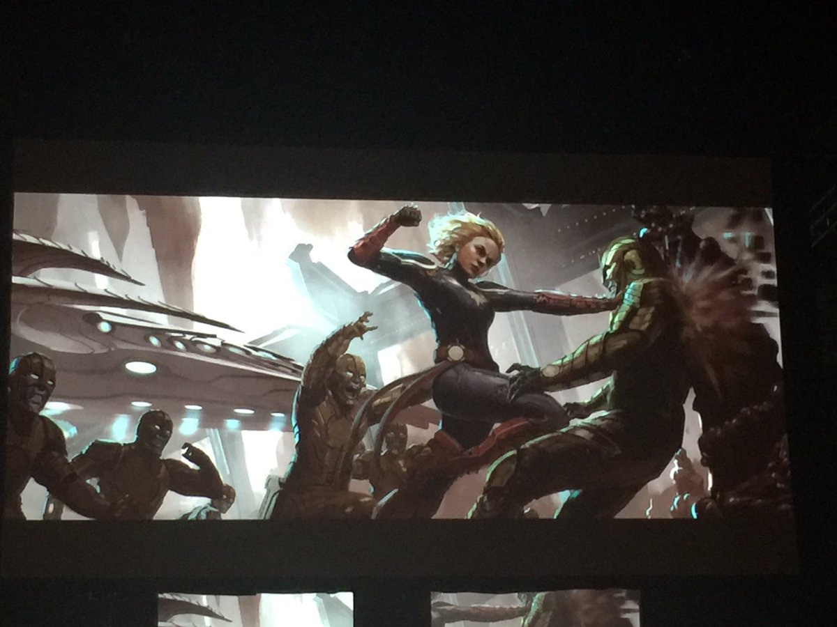 Photo d'un concept art montrant Captain Marvel en combat pour le film Captain Marvel diffusé lors du panel Marvel à la Comic-Con 2017