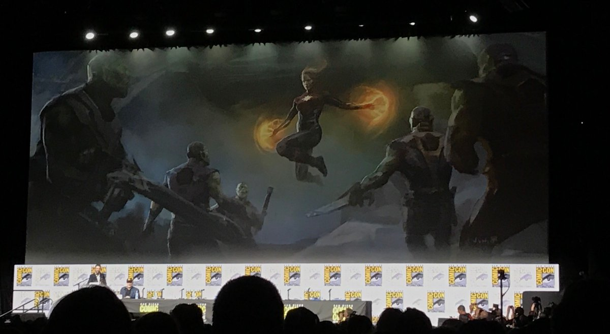 Photo d'un concept art montrant les pouvoirs de Captain Marvel pour le film Captain Marvel diffusé lors du panel Marvel à la Comic-Con 2017
