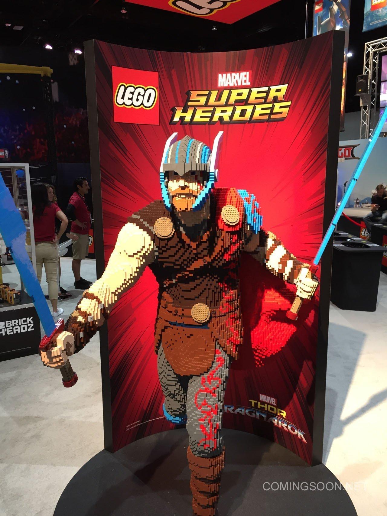 Photo de Thor en Lego pour le film Thor: Ragnarok