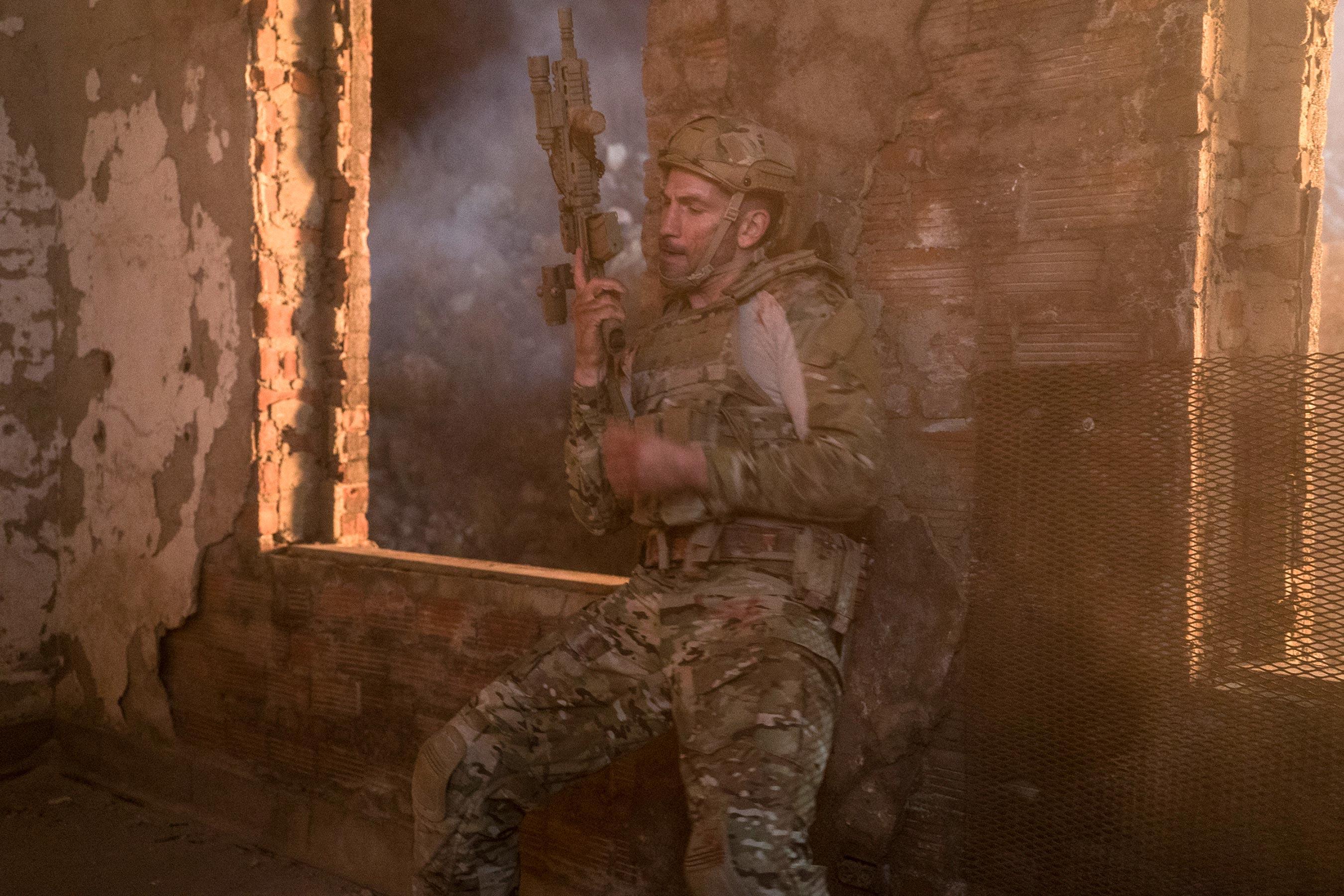 Photo de la saison 1 de The Punisher avec Frank Castle, le marine