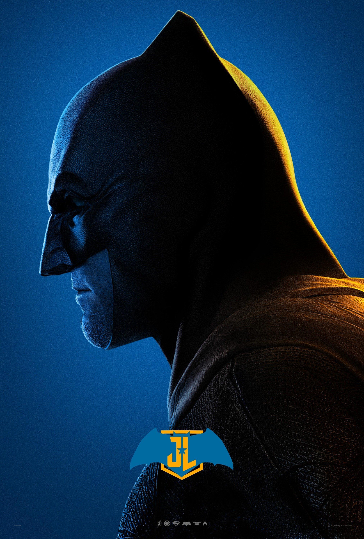 Poster bleu du film Justice League avec Batman