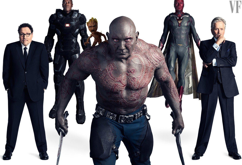 Photo de Vanity Fair avec Happy Hogan, War Machine, Baby Groot, Drax, Vision et Hank Pym