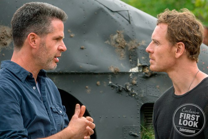 Photo du tournage de X-Men: Dark Phoenix avec Simon Kinberg et Michael Fassbender