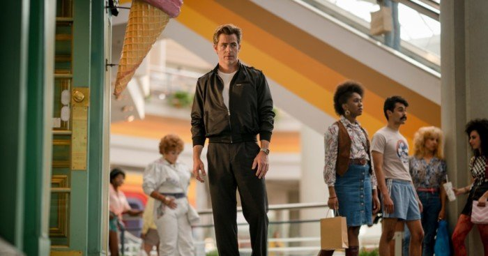 Photo du film Wonder Woman 1984 avec Steve Trevor (Chris Pine)