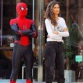 Photo de la fin du tournage du film Spider-Man: Far From Home avec Tom Holland et Zendaya