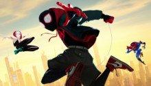 Poster du film Spider-Man: New Generation avec la Spider-Team : Miles Morales, Spider-Man, Spider-Gwen, Spider-Man Noir et SP//dr