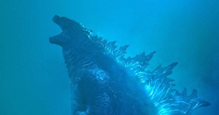 Poster du film Godzilla II – Roi des Monstres avec Millie Bobby Brown de dos