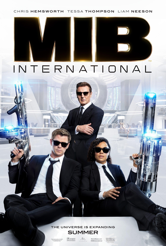 Premier poster pour le film Men In Black International réalisé par F. Gary Gray avec Chris Hemsworth, Tessa Thompson et Liam Neeson