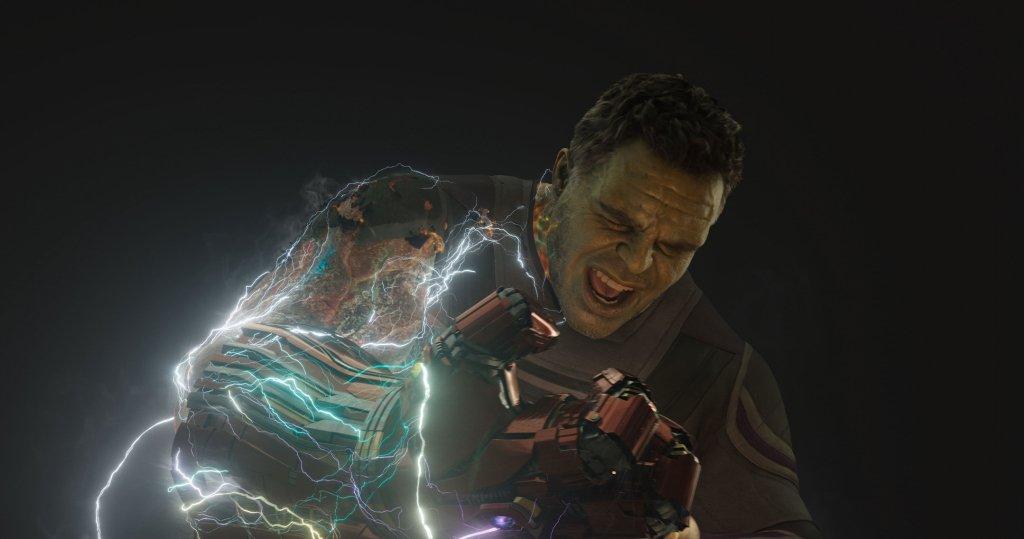 Photo du film Avengers: Endgame avec Hulk et le gant (Avant)