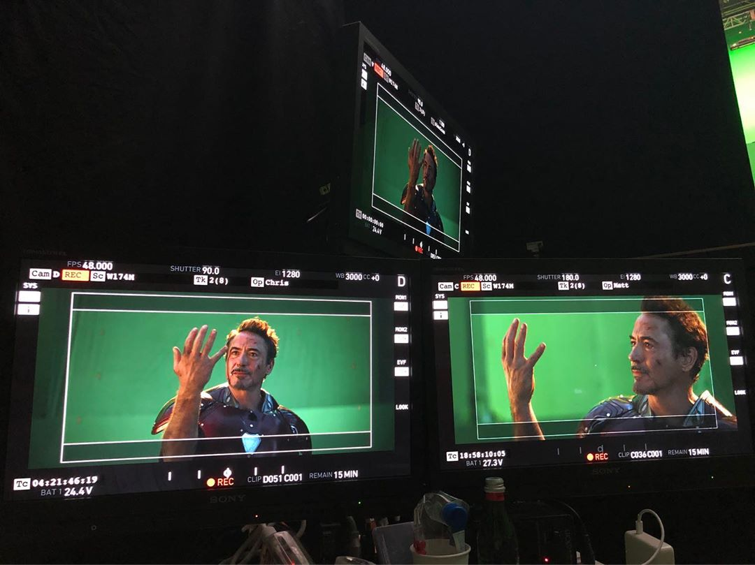 Photo du tournage du film Avengers: Endgame avec le snap de Robert Downey Jr. (Tony Stark / Iron Man)
