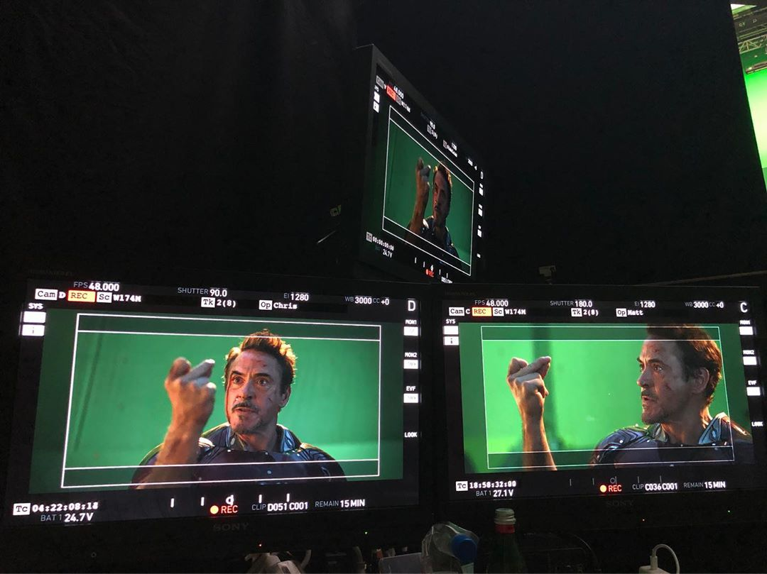Septième photo du tournage du film Avengers: Endgame avec le snap de Robert Downey Jr. (Tony Stark / Iron Man)