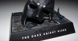 Bannière du collector masque brisé de The Dark Knight Rises